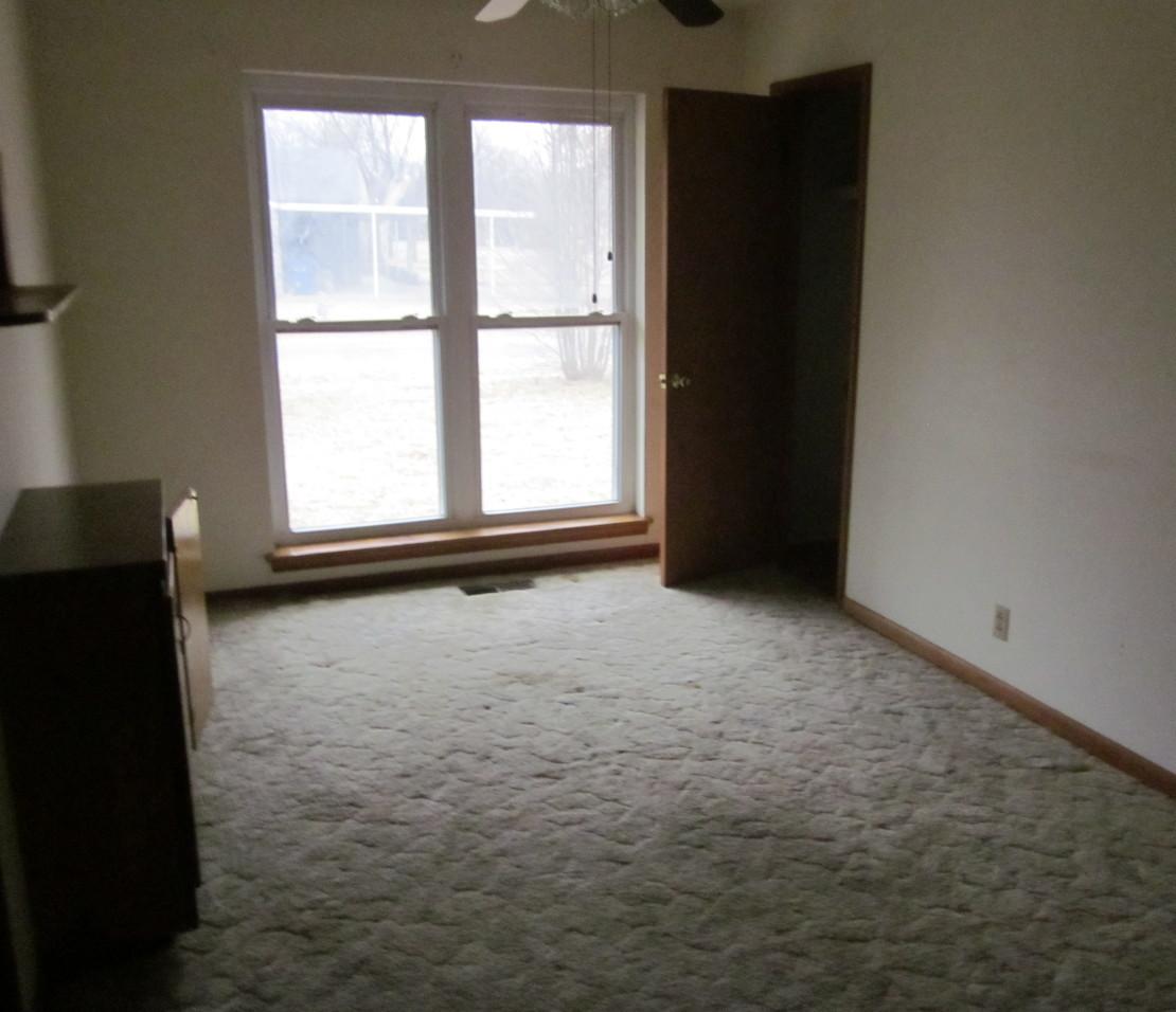 Closed | 510 N Adair Street Vinita, OK 74301 3