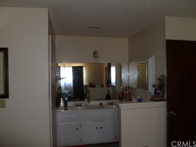 Closed | 9501 Tangelo Avenue Fontana, CA 92335 11