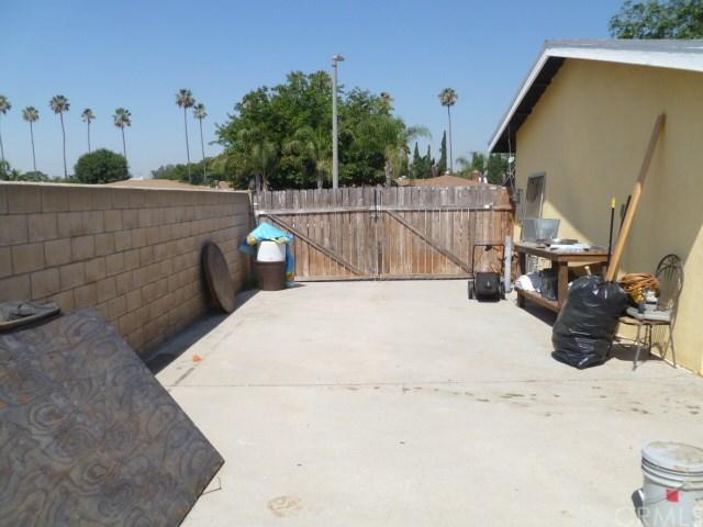 Closed | 9501 Tangelo Avenue Fontana, CA 92335 12