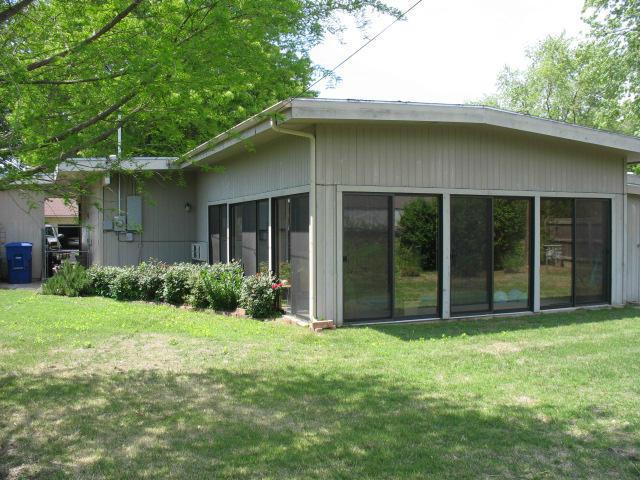 Closed   620 S Thompson Street Vinita, OK 74301 1