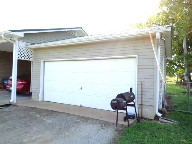 Closed   57101 E 160 Road Fairland, OK 74343 1