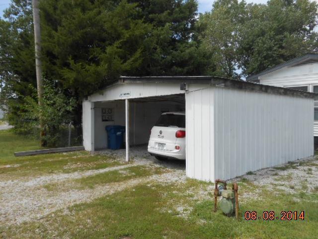 Closed | 801 VIRGINIA ST Quapaw, OK 74363 1