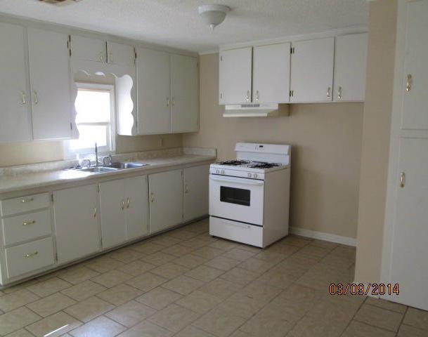 Closed | 816 C Street Miami, OK 74354 5