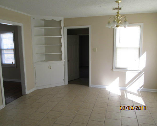 Closed | 816 C Street Miami, OK 74354 6