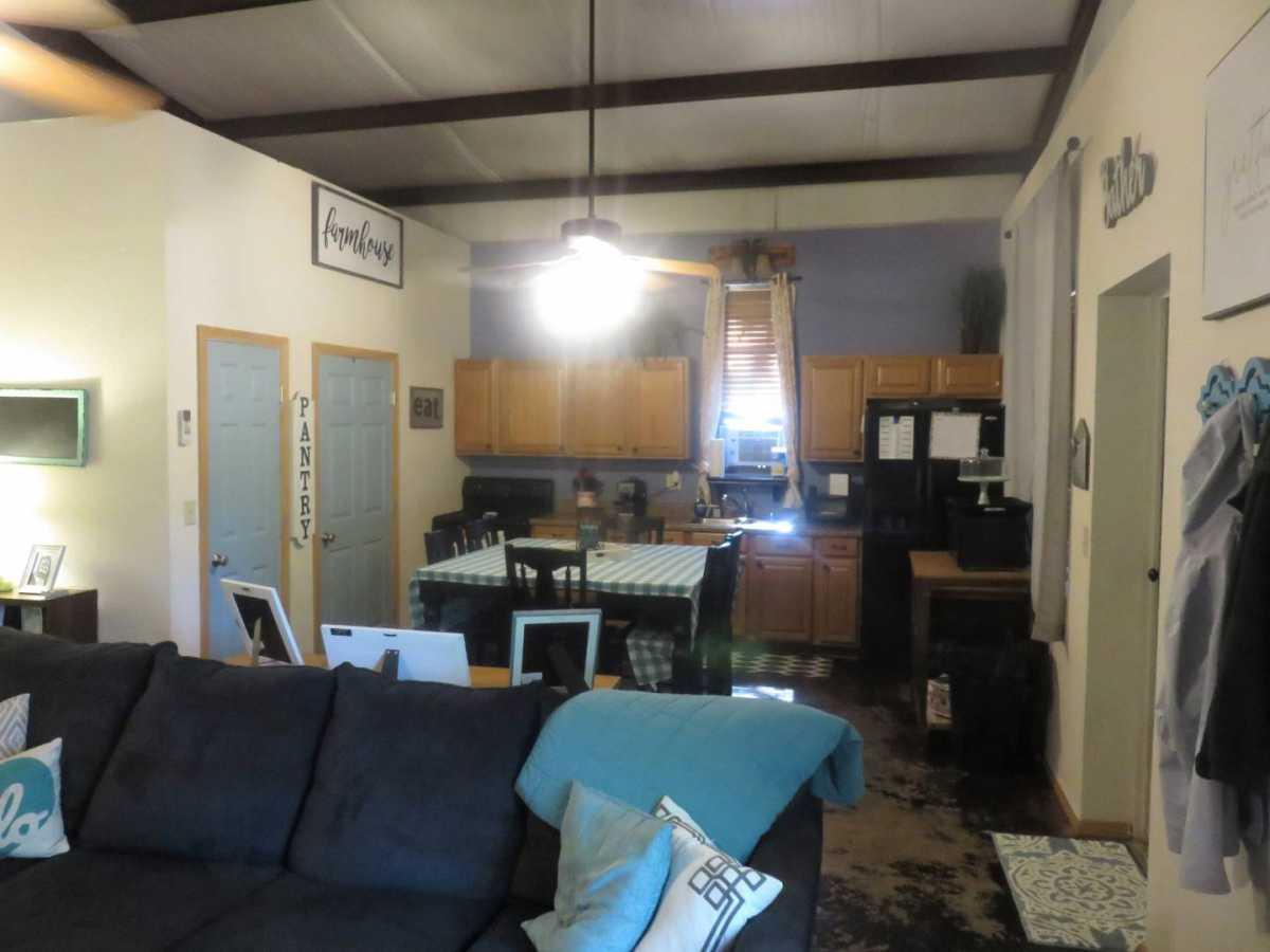 Pending | 4575 Sitting Bull Pass Kingston, OK 73439 6