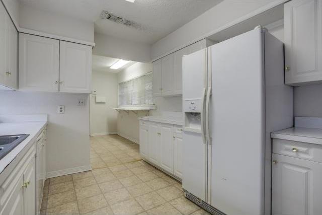 Sold Property | 6407 Bob O Link Drive Dallas, Texas 75214 10