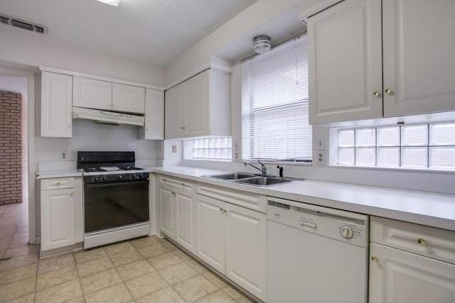 Sold Property | 6407 Bob O Link Drive Dallas, Texas 75214 11