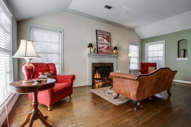 Sold Property | 6103 Mccommas Boulevard Dallas, Texas 75214 4
