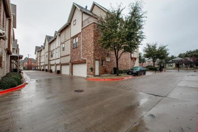 Sold Property | 1600 Abrams Road #9 Dallas, Texas 75214 2