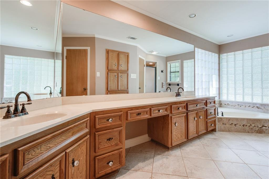 Sold Property | 11306 Pencewood Drive Austin, TX 78750 24