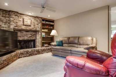 Sold Property | 524 Northlake Drive Dallas, Texas 75218 3