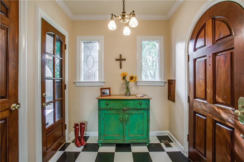 Sold Property | 6609 Avalon Avenue Dallas, Texas 75214 2