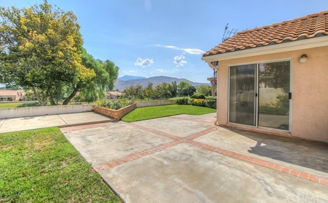 Closed | 1366 Fairway Oaks Avenue Banning, CA 92220 21