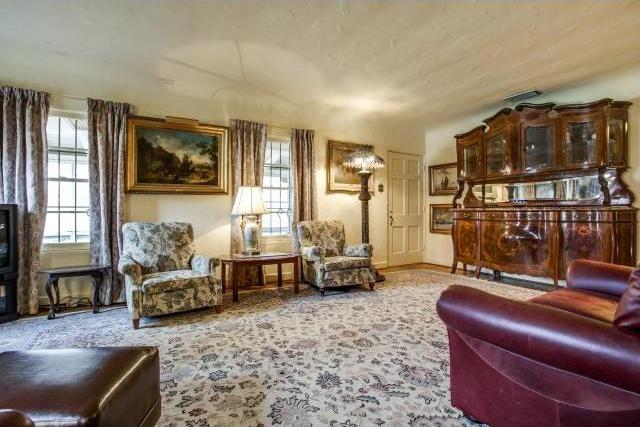Sold Property | 7211 Tokalon Drive Dallas, Texas 75214 3