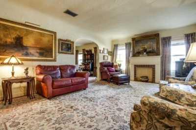 Sold Property | 7211 Tokalon Drive Dallas, Texas 75214 4