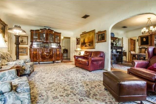 Sold Property | 7211 Tokalon Drive Dallas, Texas 75214 5