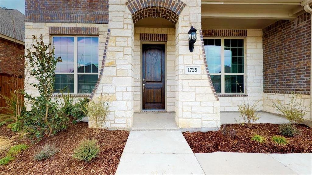 Sold Property | 1729 Bellinger Drive Fort Worth, Texas 76052 1