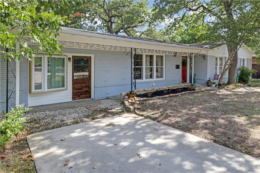 Sold Property | 5109 Malinda Lane Fort Worth, Texas 76112 2