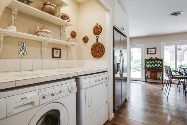 Sold Property | 7048 Irongate Lane Dallas, Texas 75214 11