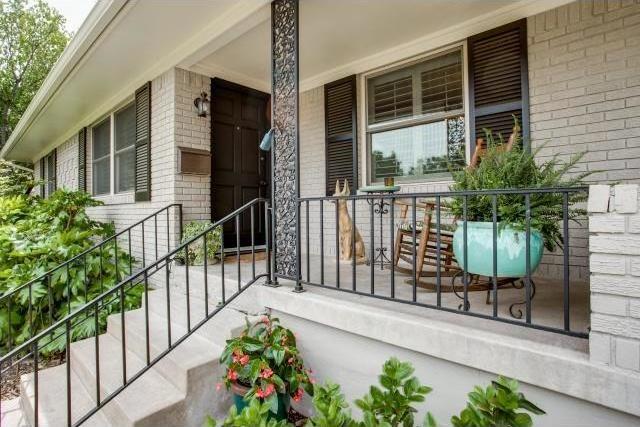 Sold Property | 7048 Irongate Lane Dallas, Texas 75214 2