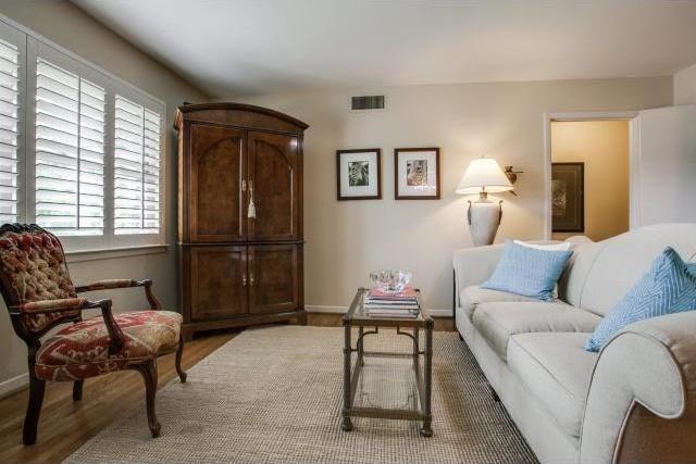 Sold Property | 7048 Irongate Lane Dallas, Texas 75214 4