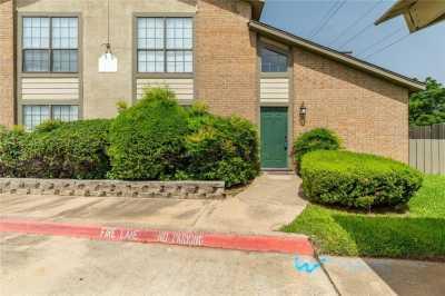 Sold Property | 330 W Harwood Road #D Hurst, Texas 76054 4