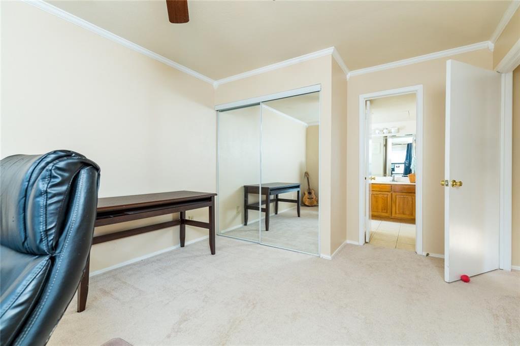 Sold Property   330 W Harwood Road #D Hurst, Texas 76054 32