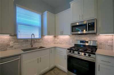 Sold Property   6913 Providence AVE #B Austin, TX 78752 11