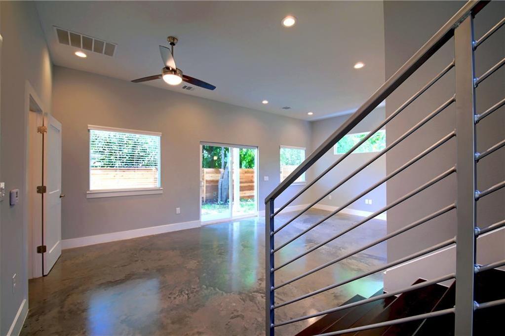 Sold Property | 6913 Providence ave #B Austin, TX 78752 4