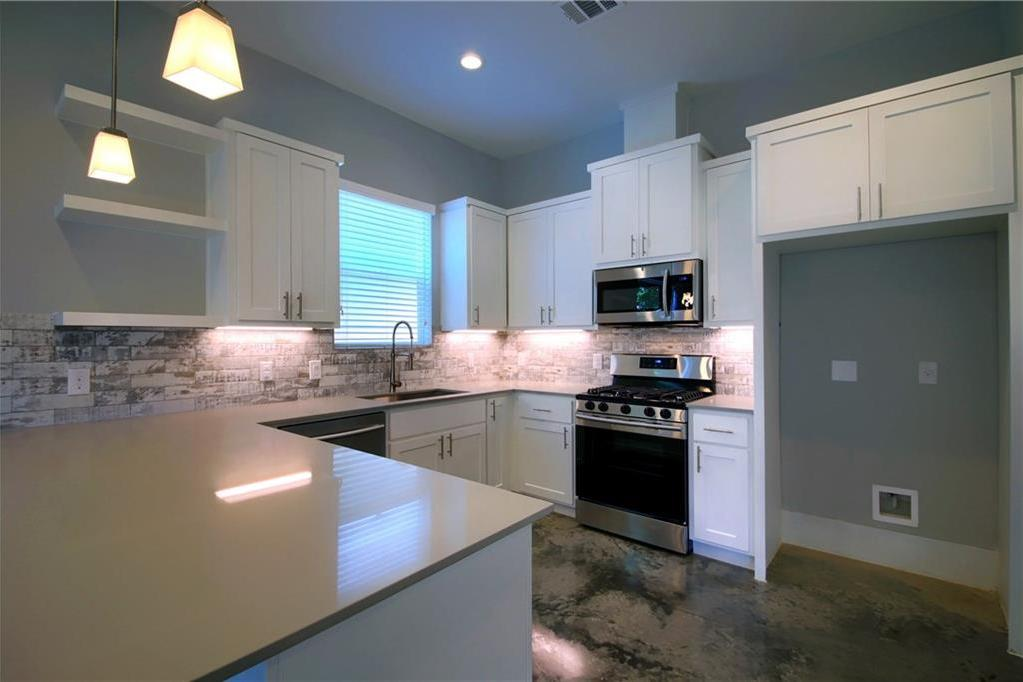 Sold Property | 6913 Providence ave #B Austin, TX 78752 9