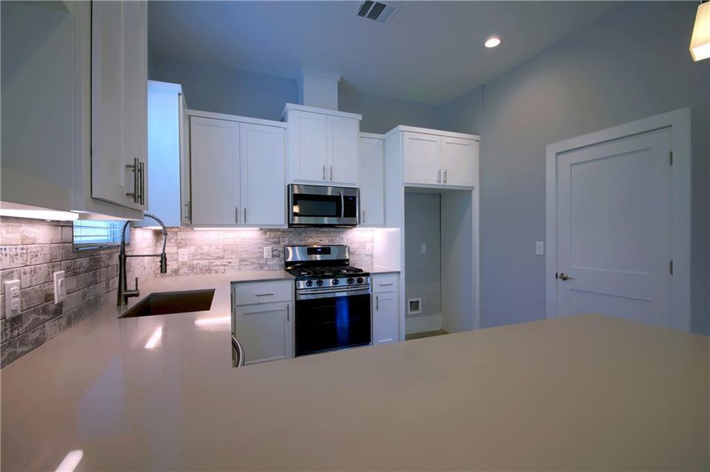 Sold Property | 6913 Providence ave #B Austin, TX 78752 10