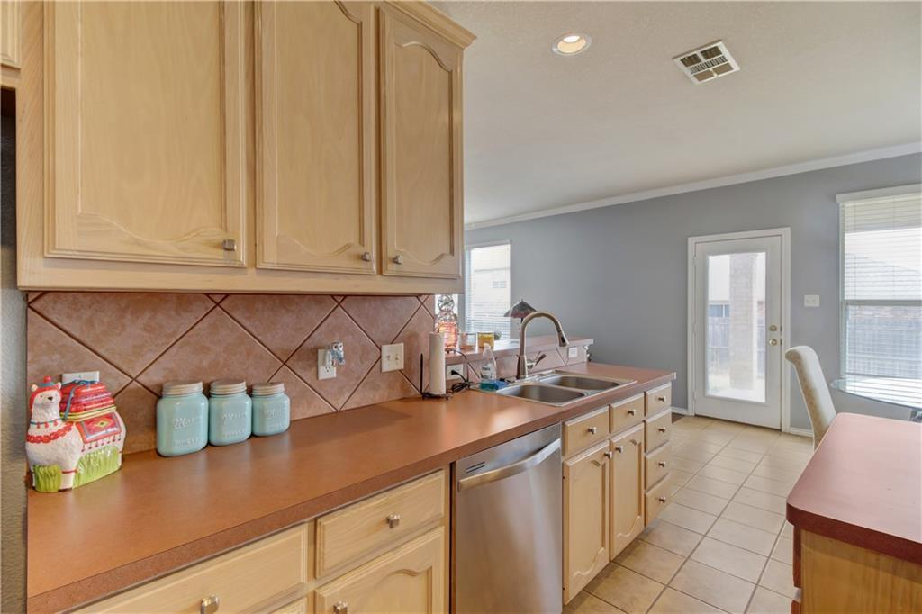 Sold Property | 108 Chinos Trail Justin, Texas 76247 10