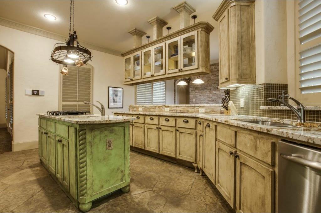 Sold Property   8926 Santa Clara Drive Dallas, Texas 75218 11