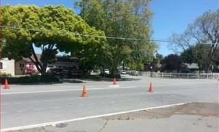 Pending | 3552 SPRING Street Redwood City, CA 94063 3
