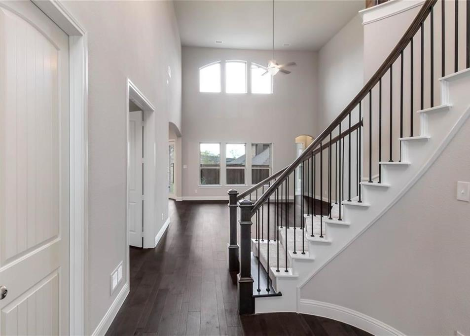 Sold Property | 1231 Gray Fox Lane Frisco, TX 75033 4