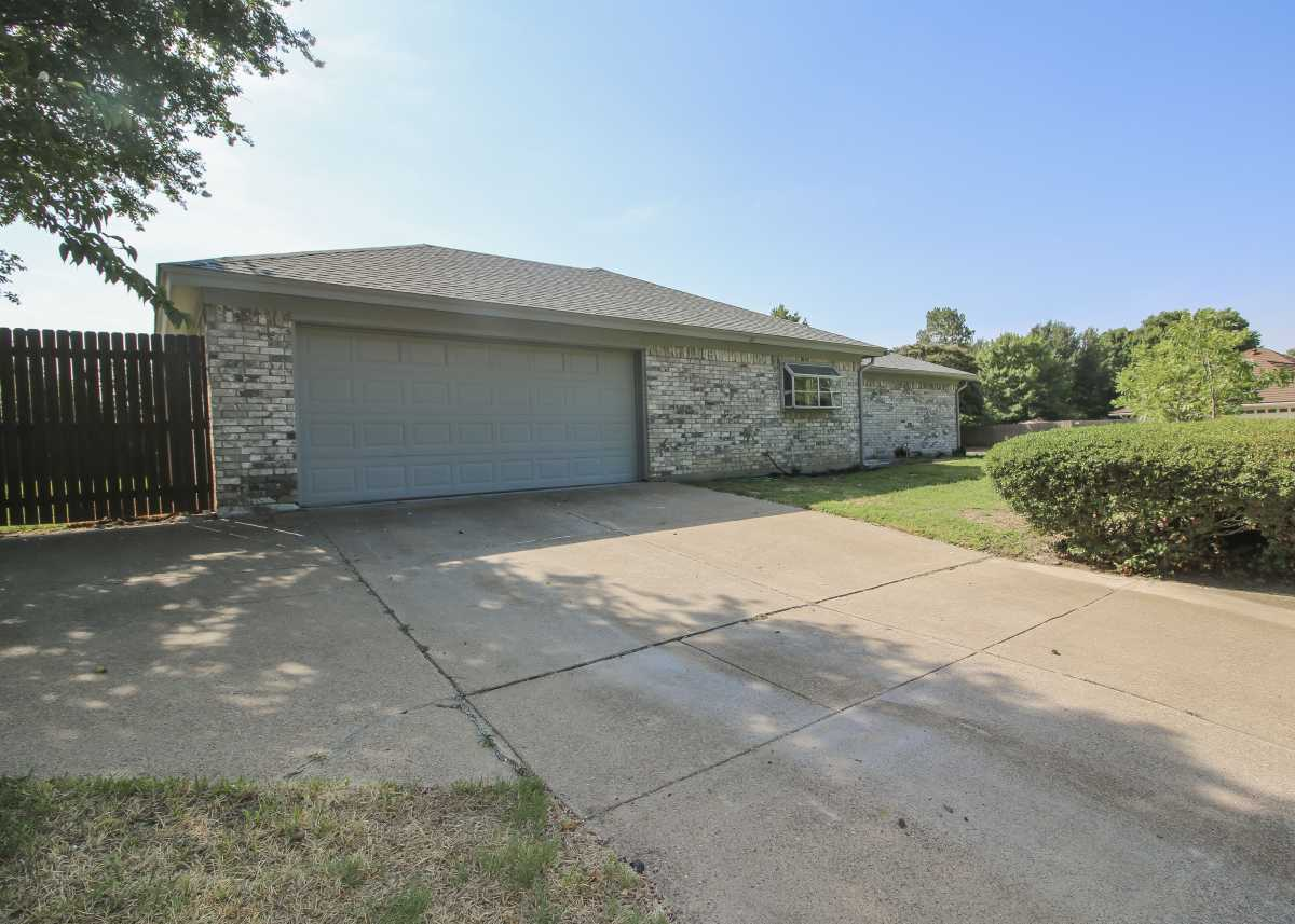 Sold Property | 1206 Oakmont Court Mansfield, Texas 76063 34
