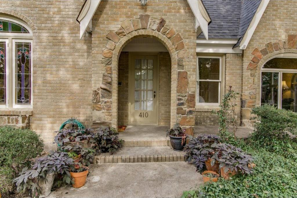 Sold Property | 410 Valencia Street Dallas, Texas 75223 2