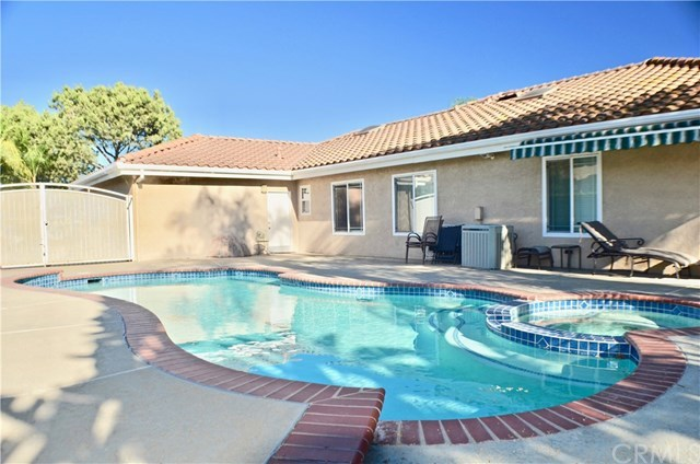 Closed | 2042 S Almond Avenue Ontario, CA 91762 34
