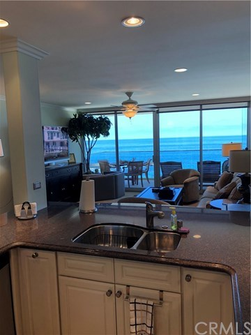 Active | 31755 Coast   #406 Laguna Beach, CA 92651 11