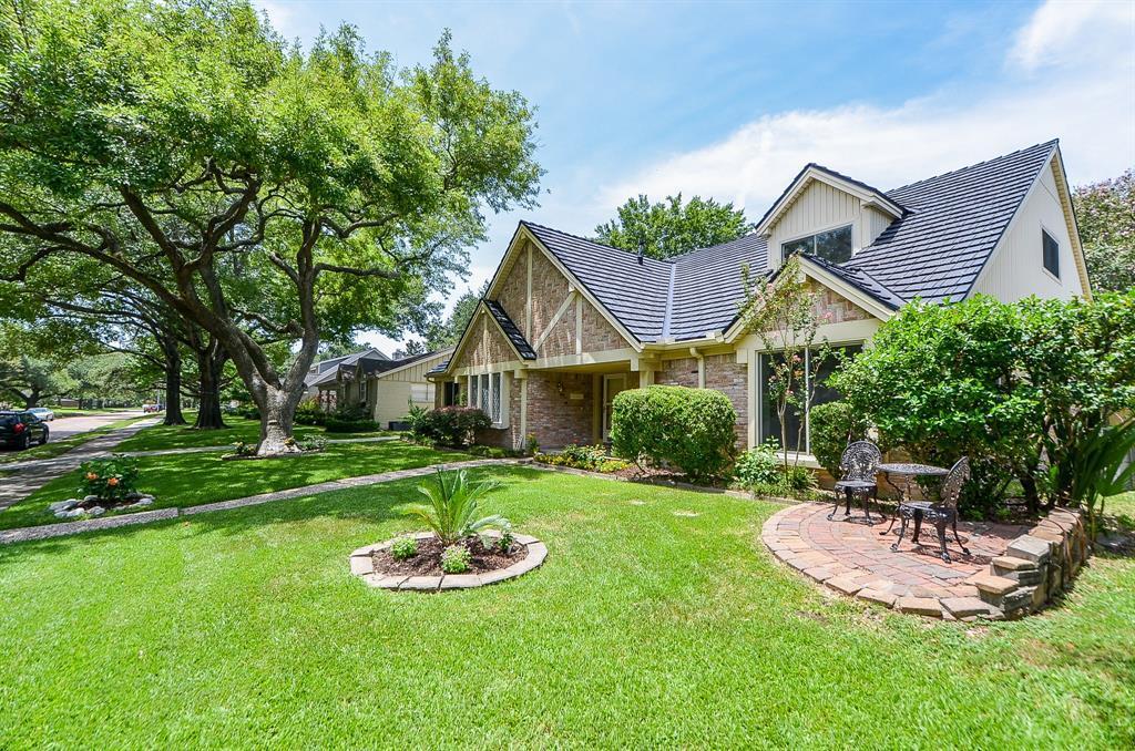 Off Market | 7702 Skyline Drive Houston, Texas 77063 1