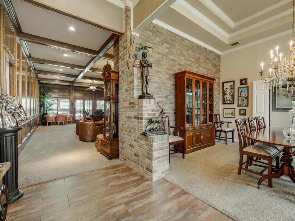 Sold Property | 6816 Gaston Avenue Dallas, Texas 75214 10