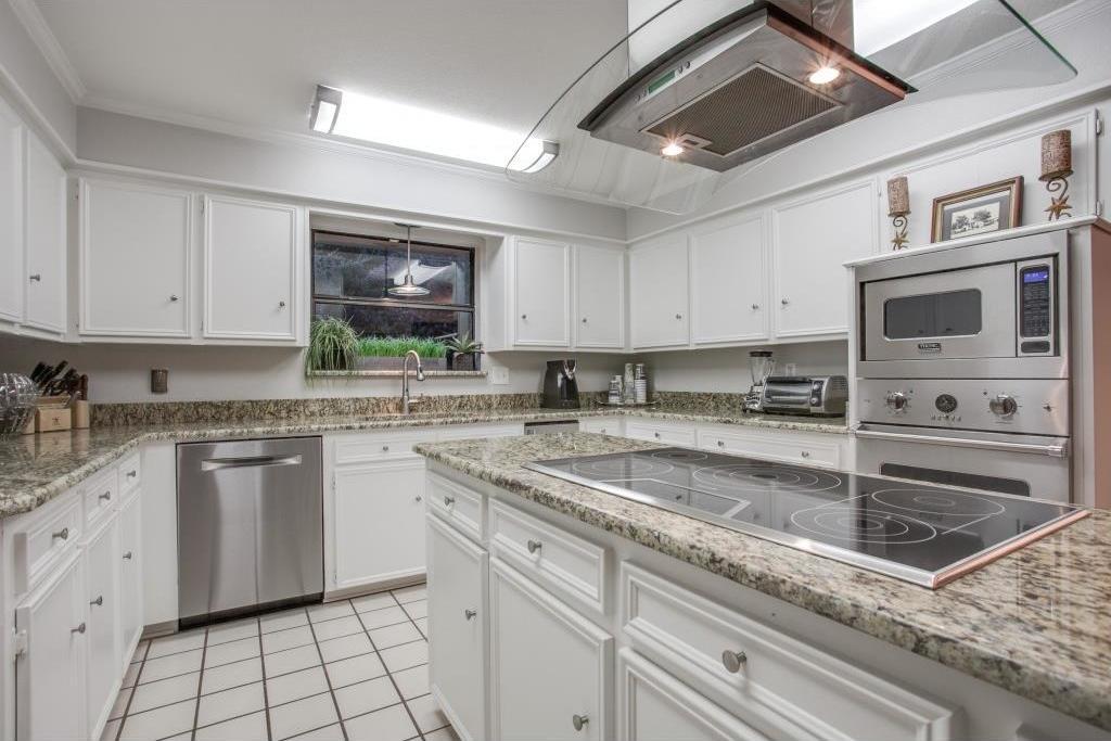 Sold Property | 6816 Gaston Avenue Dallas, Texas 75214 12
