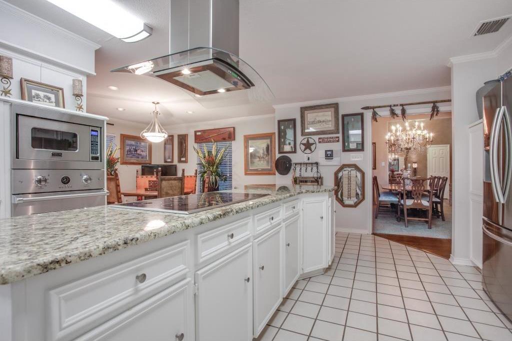 Sold Property | 6816 Gaston Avenue Dallas, Texas 75214 13