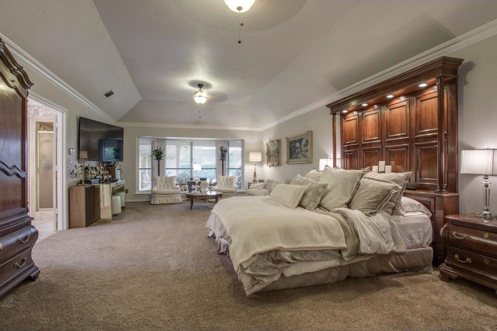 Sold Property | 6816 Gaston Avenue Dallas, Texas 75214 15