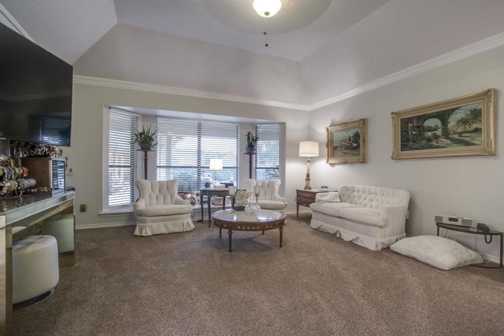 Sold Property | 6816 Gaston Avenue Dallas, Texas 75214 16