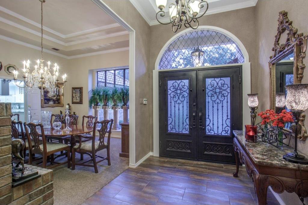 Sold Property | 6816 Gaston Avenue Dallas, Texas 75214 2