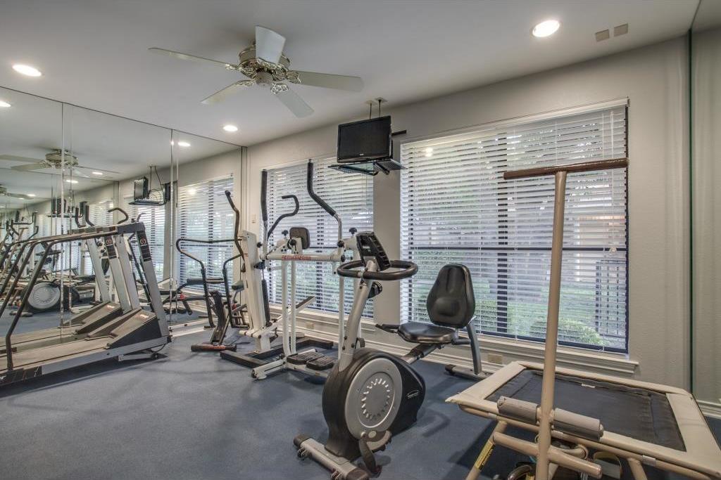 Sold Property | 6816 Gaston Avenue Dallas, Texas 75214 21