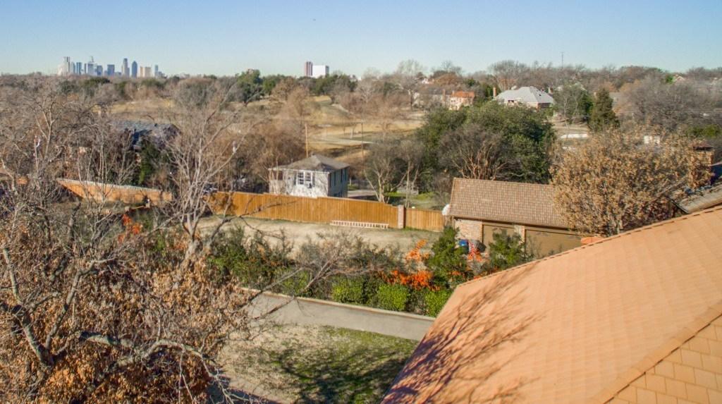 Sold Property | 6816 Gaston Avenue Dallas, Texas 75214 27
