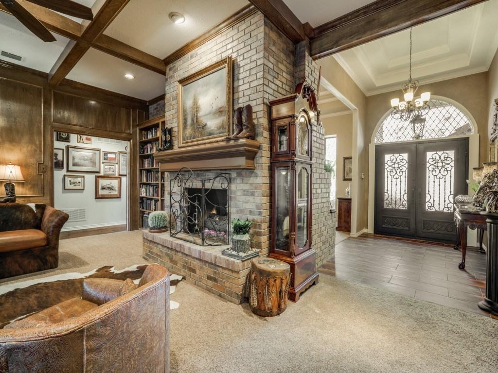 Sold Property | 6816 Gaston Avenue Dallas, Texas 75214 6
