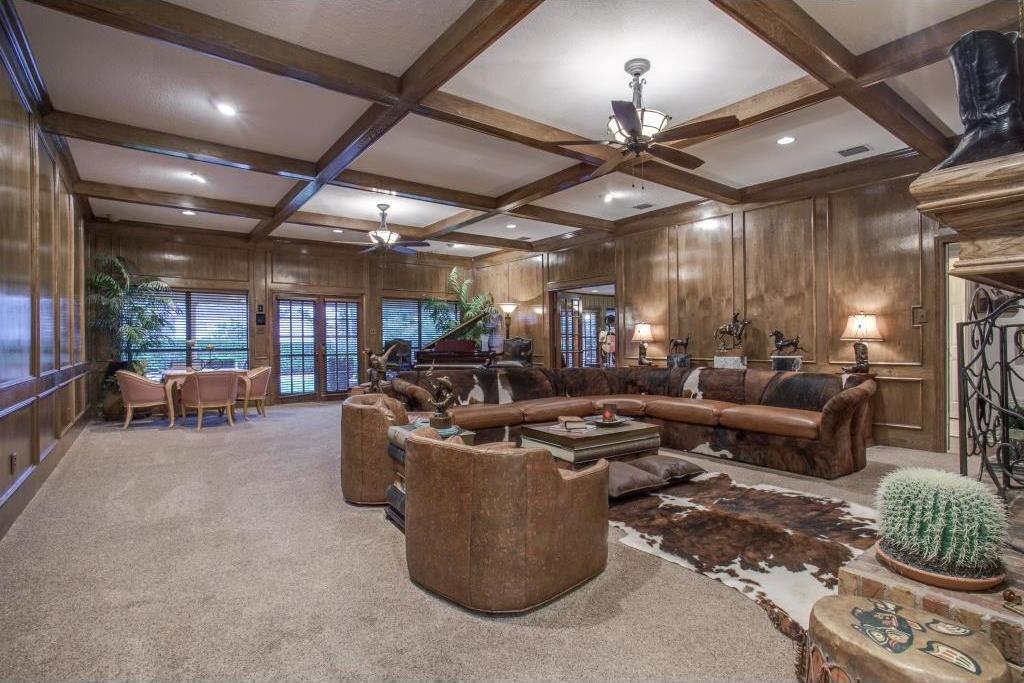 Sold Property | 6816 Gaston Avenue Dallas, Texas 75214 7